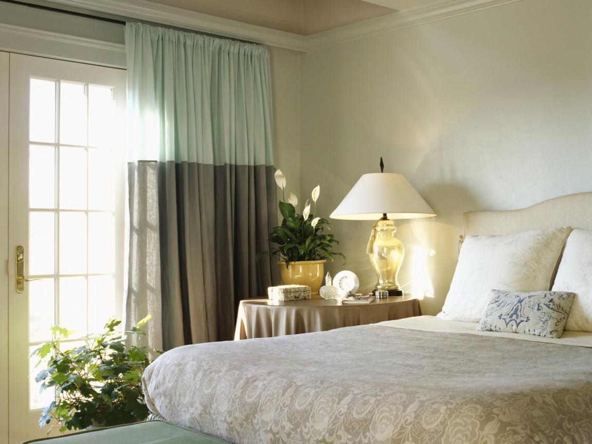 Дизайн штор в маленькую спальню