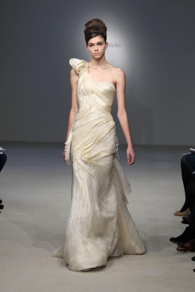 Свадебные платья Веры Элленг Вонг достойны королев