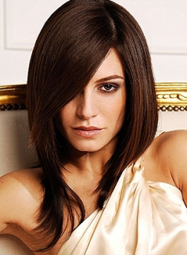 Жіночі зачіски і стрижки 2012 року фото