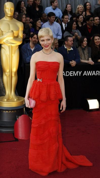 Мишель Уильямс красная дорожка Оскар 2012 платья, фото.