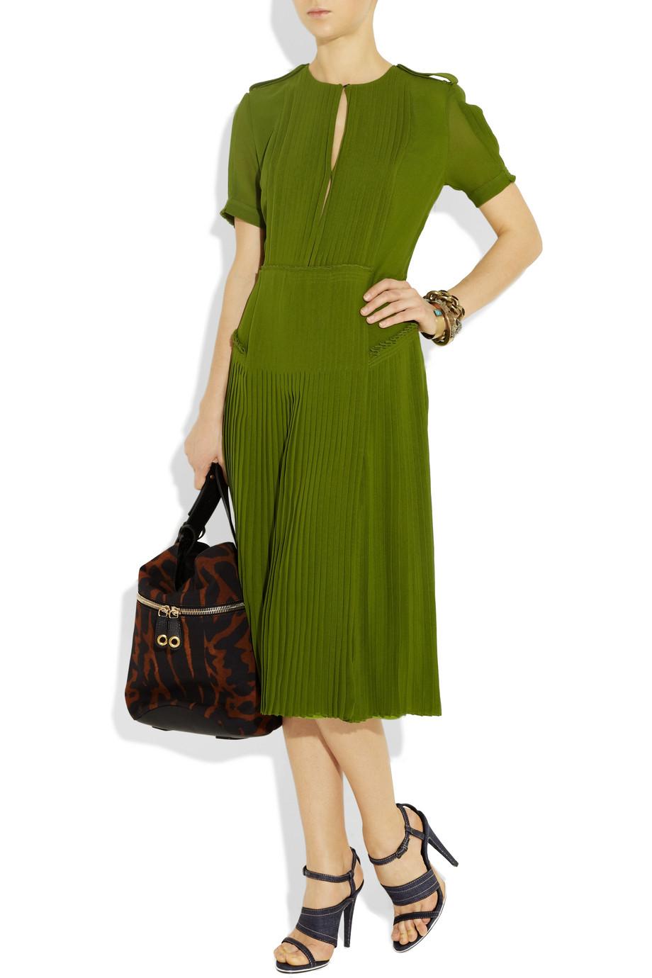 Платье с юбкой плиссировкой купить