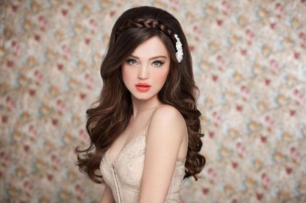 b Свадебные прически /b и макияж для.