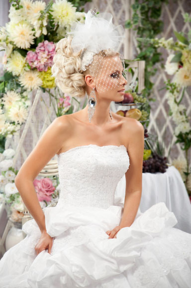 Свадебные прически для невесты от маэстро длинных волос Руслана Татьянина